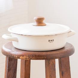 付け置き洗いに使えるかわいいほうろう鍋